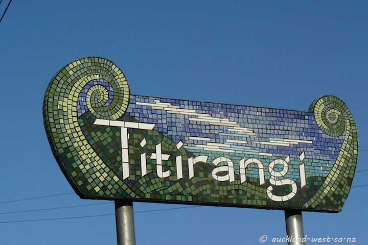 Location Signs: Titirangi