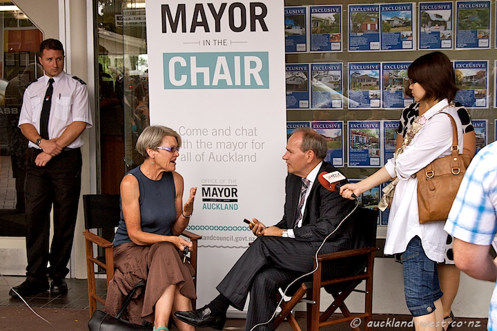 Mayor Len Brown Holds Court in Titirangi