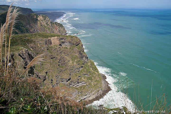 Cliffs South of Piha