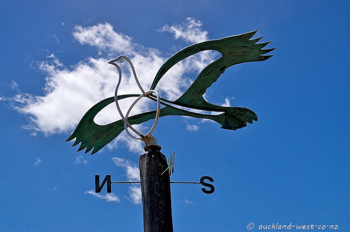 Weathervane (Kereru)