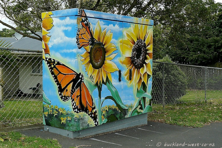 Monarchs and Sunflowers (Dan Mills)