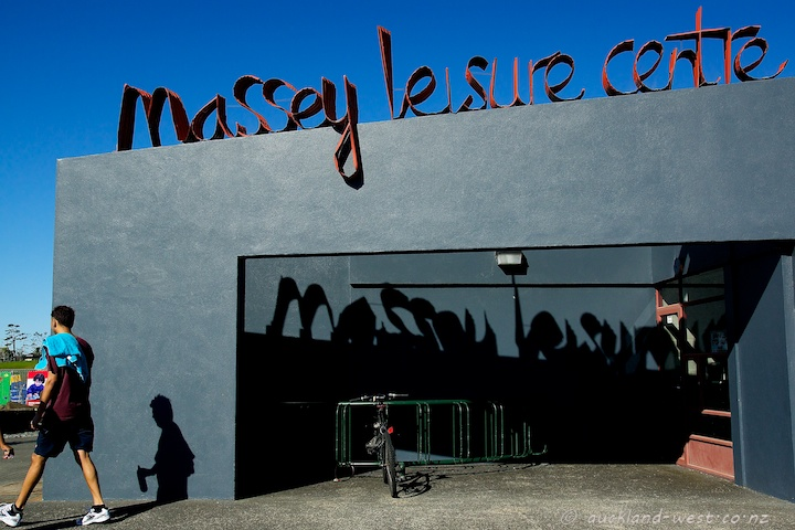 Massey Leisure Centre and Library (Jeff Thomson)