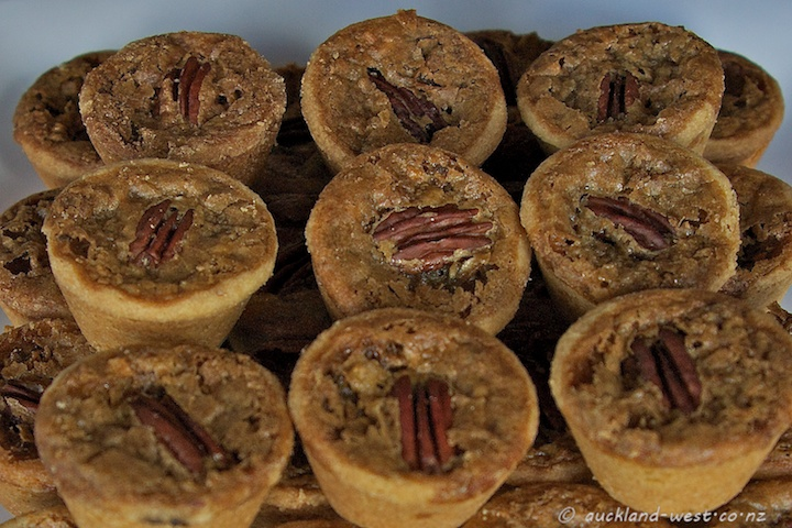 World Famous in Titirangi: Mini Pecan Pies by Mrs H