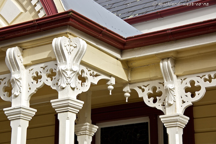 Ferndale House, Detail