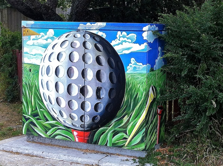 Painted Boxes: Golfball (Sean McCarthy)