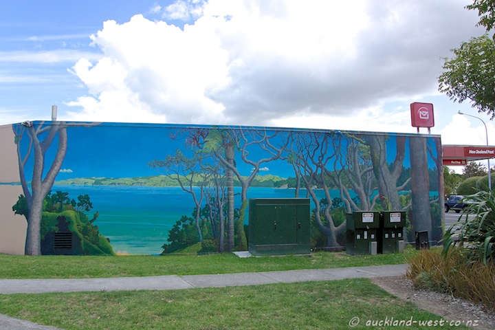 Green Bay Mural by Doug Ford