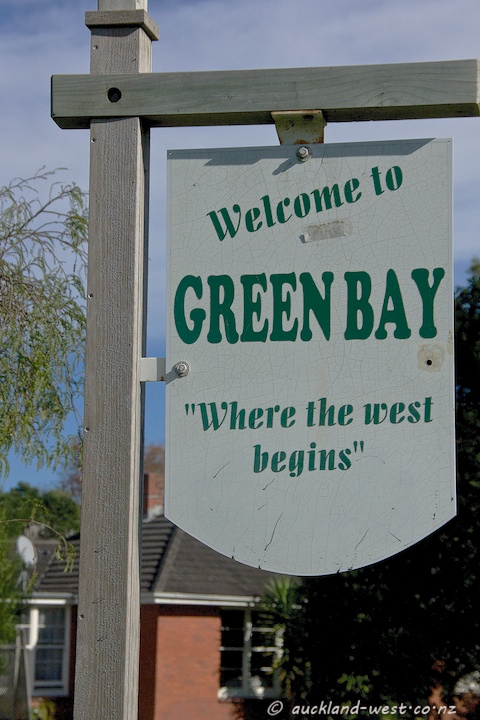 Location Signs: Green Bay