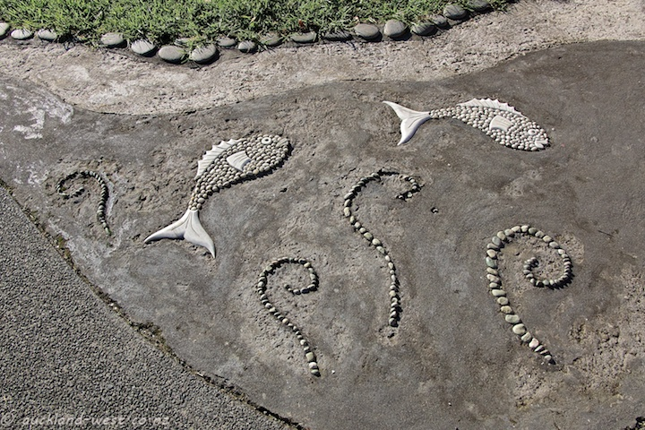 Pebble Mosaics, Huia Domain