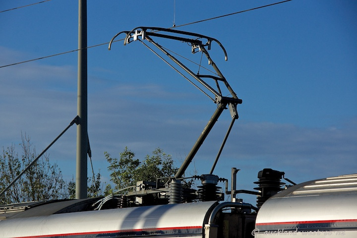 Single-Arm Pantograph