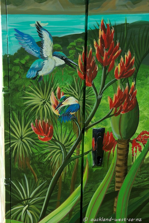 Detail: Kingfishers in Flax